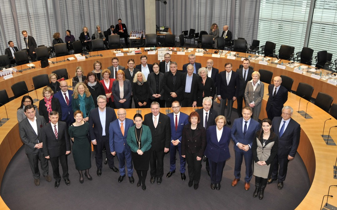Gespräch mit Mitgliedern des Ausschusses für Seniorenpolitik des Sejm und des Ausschusses für Familie und Sozialpolitik des Senats der Republik Polen