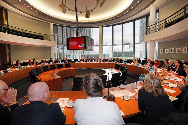 Fachgespräch Aufnahme Sozialer grundrechte ins Grundgesetz