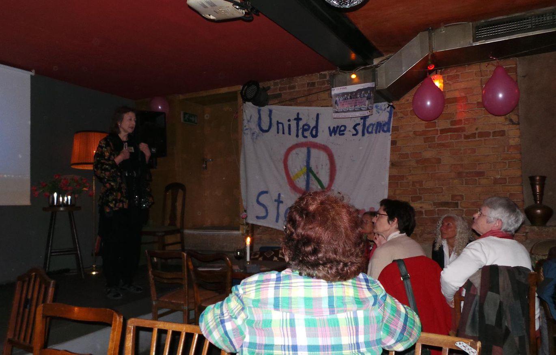 CODEPINK Frauenfest für Aktivistinnen