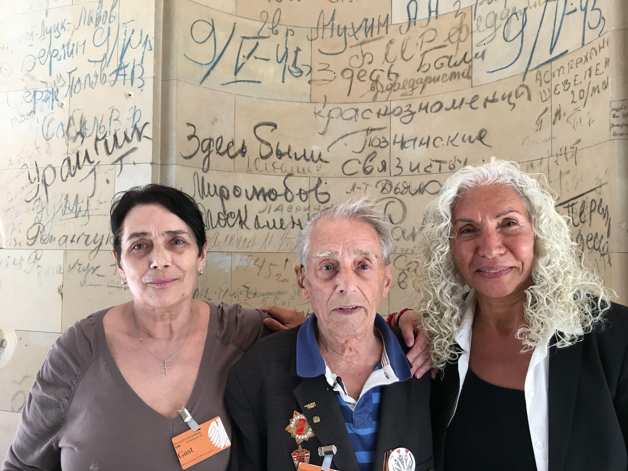 Ehemaliger KZ Buchenwald-Häftling Alexander Bychok besucht den Bundestag