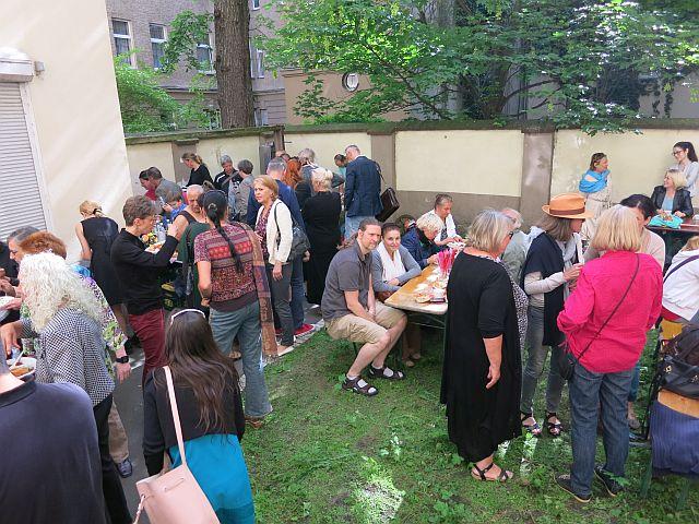 Sommerfest im Wahlkreisbüro von Azize Tank
